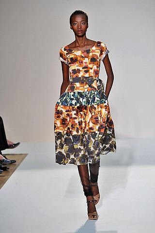 london-fashion-week-spring-summer-2009-nicole-farhi-patchwork-dress