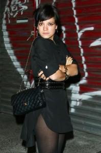 lily-allen-chanel-handbags-1